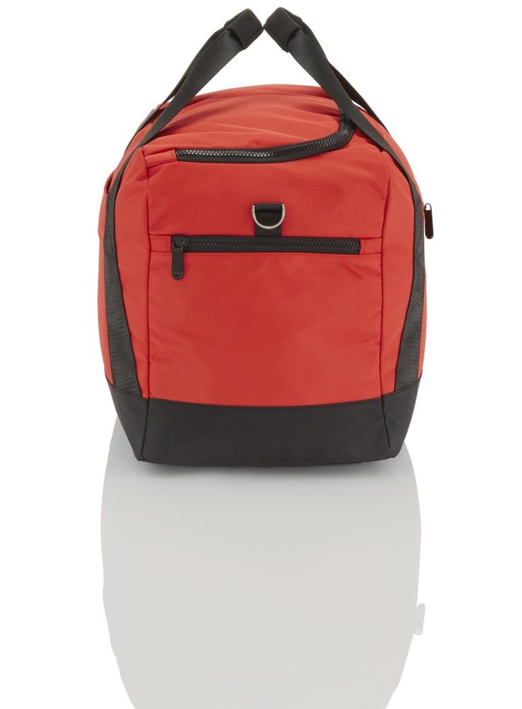 Travelite Flow M Red Hľadáte spoľahlivú a všestrannú tašku, ktorá ponúkne dostatok priestoru aj prehľadné uloženie vecí?