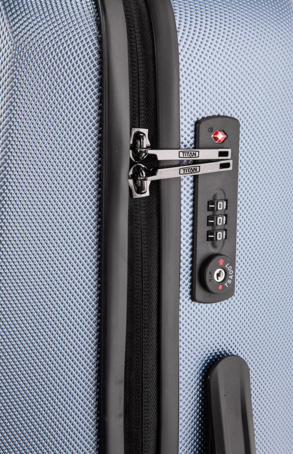 Titan Xenon M+ Blue Stone Cestovný kufor Xenon je nielen kvalitný a odolný, ale tiež vám bude štýlovým doplnkom na cestách.- hrubá povrchová úprava Shark Skin- povrch je odolný voči poškriabaniu- štyri komfortné dvojkolieska otočné o 360°- integrovaný TSA zámok je vhodný nielen pre cesty do USA- ergonomické silikónové držadlo- hliníková rukoväť s aretáciou- integrovaná deliaca priečka na zips- dve vrecká na zips na deliacej priečke