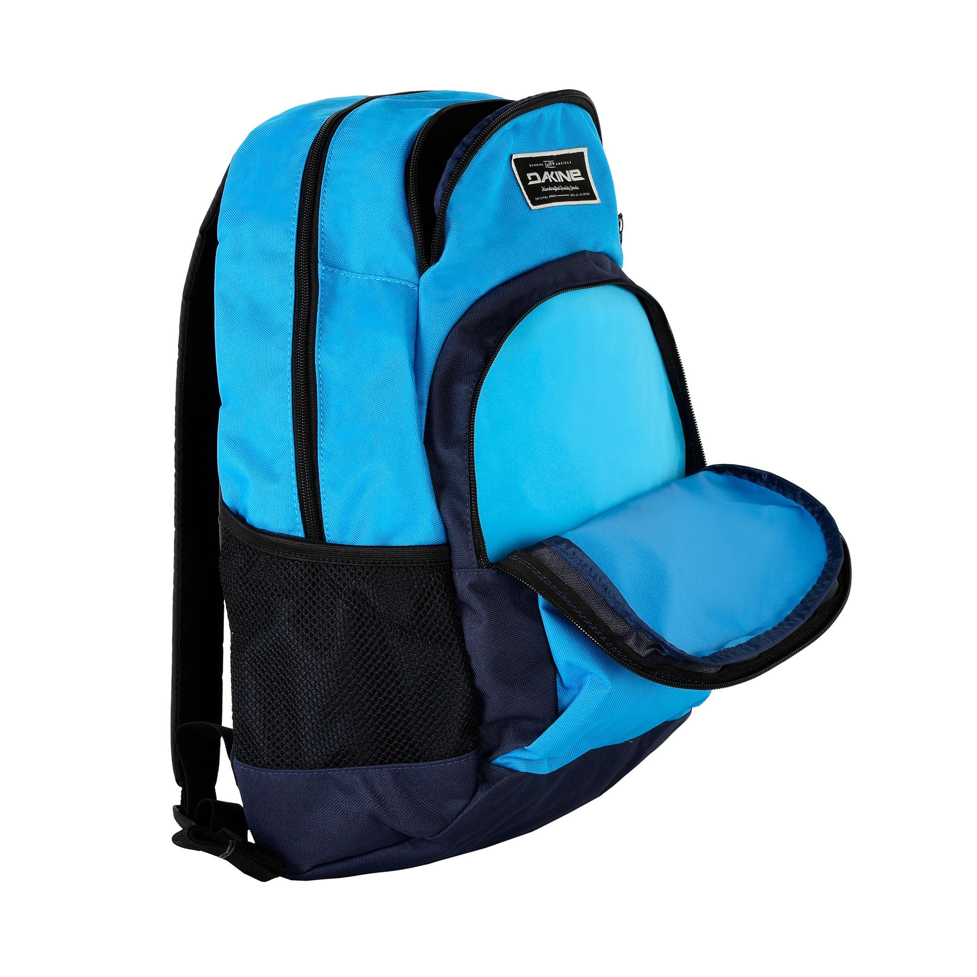 Dakine Central 26L Blues Klasický mestský batoh, ktorý možno použiť aj na cesty do školy alebo na šport.- hlavné vrecko so širokým zatváraním na zips- malé vrecko vyložené fleecom napr.