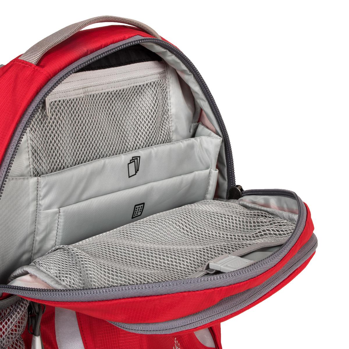 Boll School Mate 18 Truered Prvotriedny batoh Boll School Mate spĺňa presne to, čo od kvalitného batohu pre školákov očakávate.