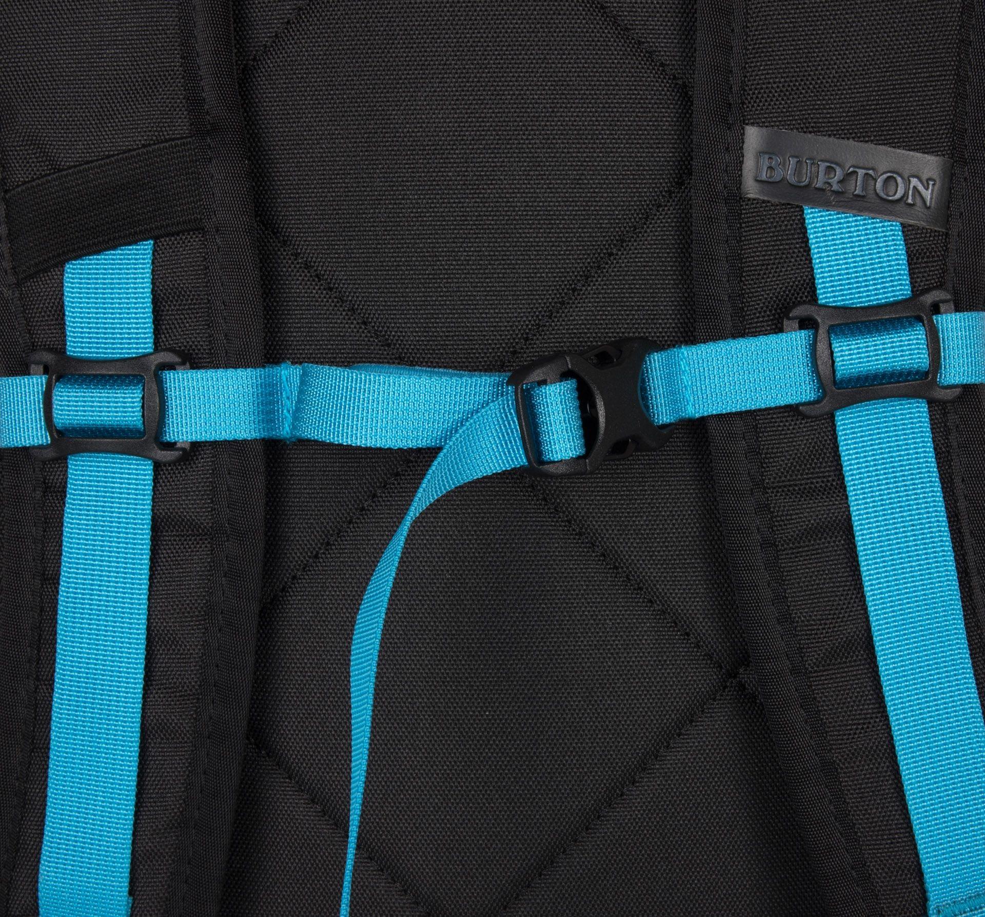 Burton Day Hiker Pck Elephant Print - jednokomorový batoh so zapínaním na zips- vnútri vrecko s vypchávkou na notebook- na prednom paneli vrecko na okuliare vystlané flisom- dve bočné vrecká na zips, vhodné napr.