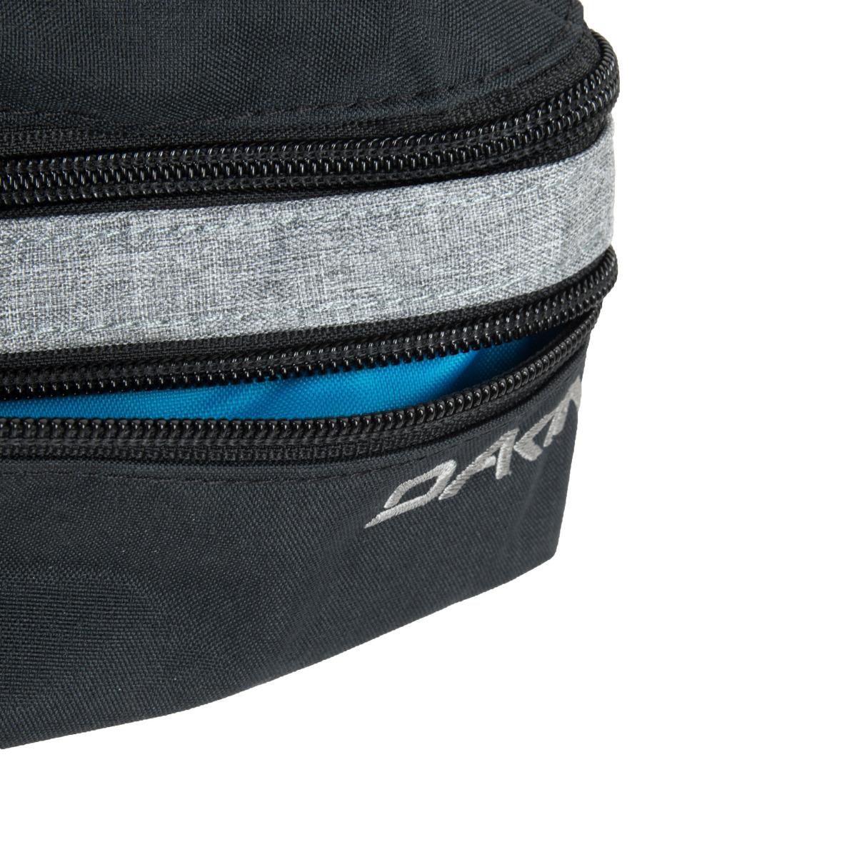 Dakine Classic Hip Pack Tabor Dakine CLASSIC HIP PACK je moderná ľadvinka s dvoma vreckami na zips.  • hlavné vrecko na zips • úzka predné vrecko na zips • nastaviteľný bedrový pás s prackou
