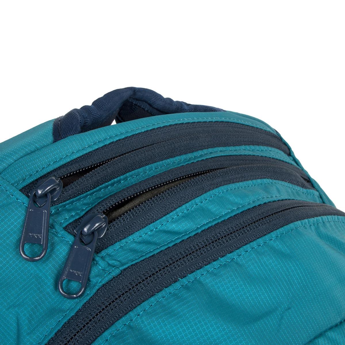 Dakine Explorer 26L Seaford Batoh Dakine Explorer je vhodný pre aktívnych študentov, milovníkov skate parkov aj pre bežné nosenie po meste.
