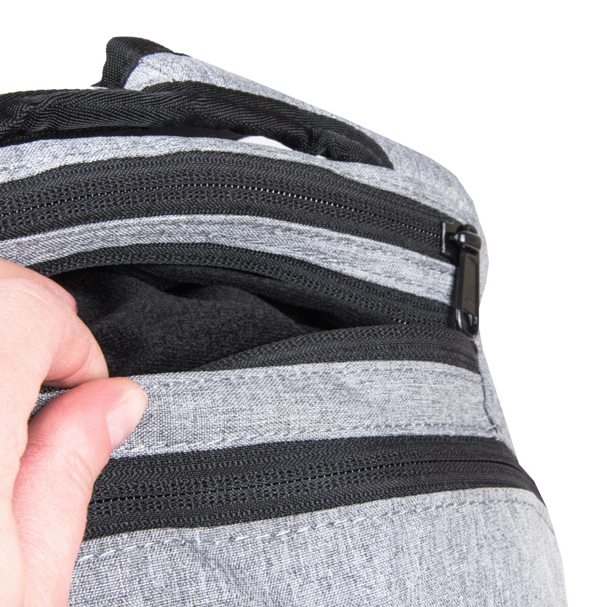 Dakine Explorer 26L Sellwood Študentský batoh Dakine Explorer je vhodný pre aktívnych študentov, milovníkov skate parkov aj pre bežné nosenie po meste.  - veľký hlavný oddiel s vystuženým vreckom na notebook (15