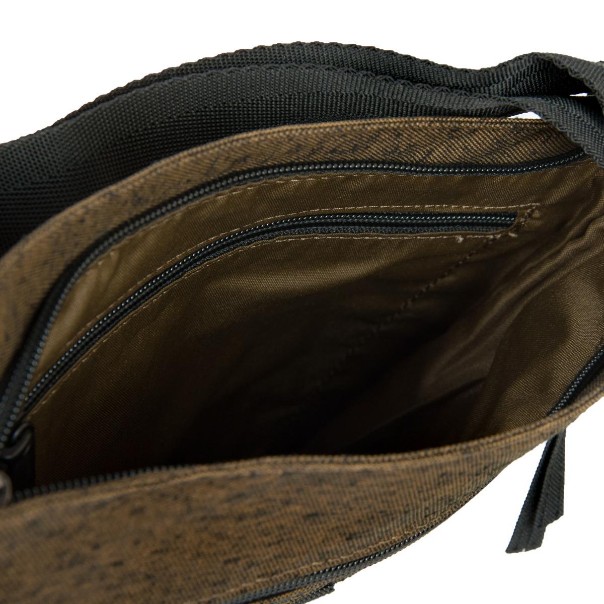 Dakine Jo Jo Dark Olive Jo Jo je elegantná taška na každodenné nosenie.  zatváranie na zips pojme tablet 2 vonkajšie vrecká na zips vnútorné vrecko so zipsom nastaviteľný popruh cez rameno (dĺžka: 71–140 cm)