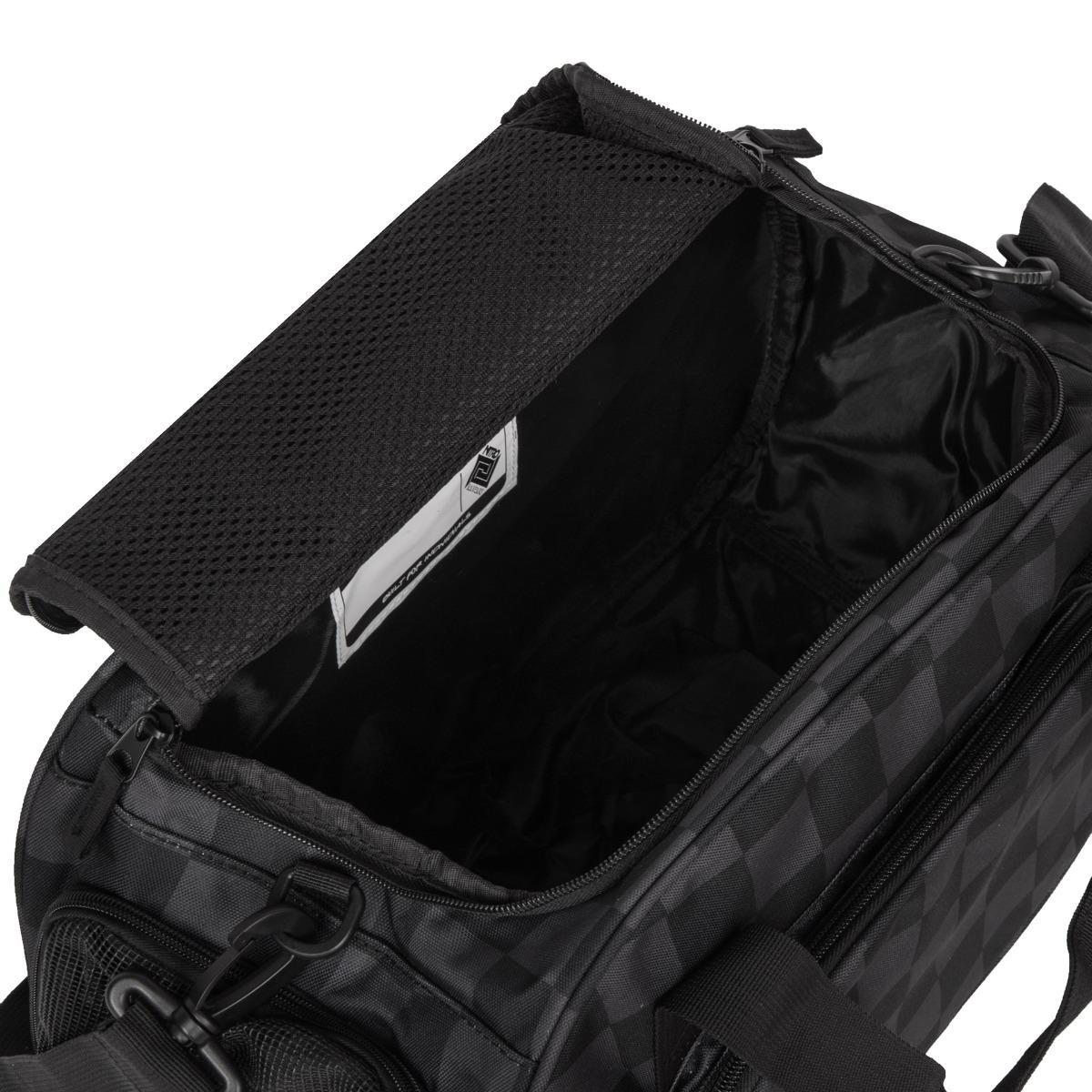 Nitro Duffle bag XS Checker Pokiaľ vám k tréningu stačí len pár nevyhnutností, športová taška Duffle bag XS je pre vás tou pravou.