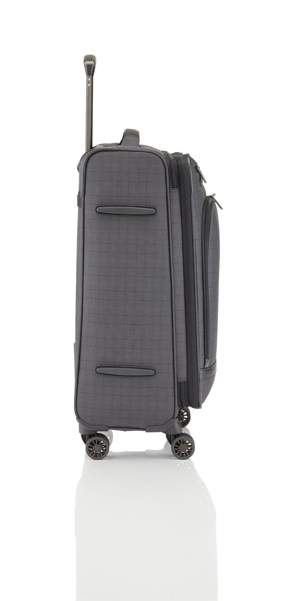 Titan CEO 4w M Glencheck Čaká vás náročná pracovná cesta, pri ktorej potrebujete mať po svojom boku spoľahlivú batožinu, ktorá bude reprezentatívna, elegantná a nenápadná zároveň?  - štyri tiché dvojkolieska - odľahčená výsuvná rukoväť s aretačným tlačidlom na madle - integrovaný vnorený TSA zámok - predné vrecko s polstrovanou priehradkou na 15 '' notebook a tablet - malé predné vrecko na cennosti - vnútorný priestor vybavený kompresnými popruhmi - špeciálny deliaca priečka s vreckami - oddelená priehradka na košele s fixačnými popruhmi vo vnútornom veku - rad vnútorných kapsičiek - polstrované madlo - integrovaná menovka - popruh pre ľahké nasunutie na madlo kufra - exkluzívny materiál vyrobený špeciálne pre Titan - predĺžená záruka 3 roky