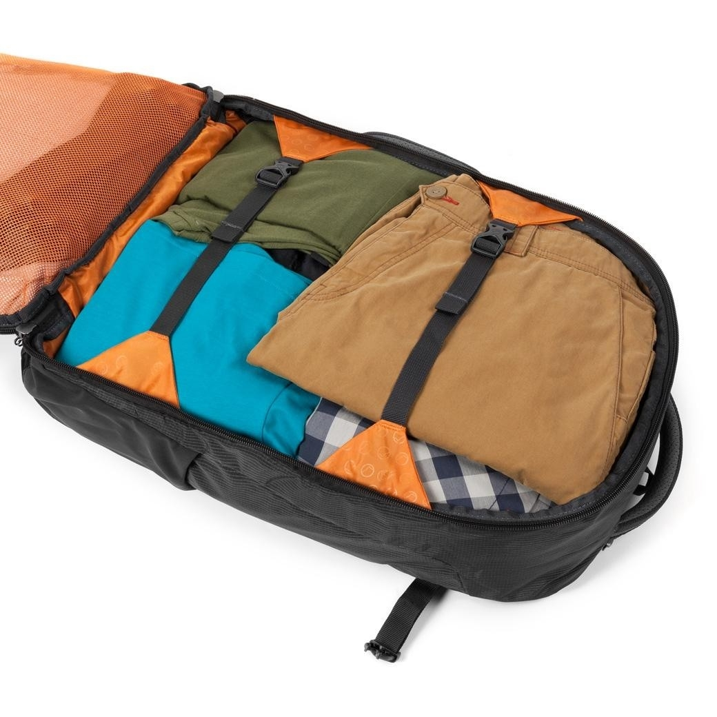 """Lowe Alpine AT Lightflite Carry-On 40 20"""" Anthracite"""